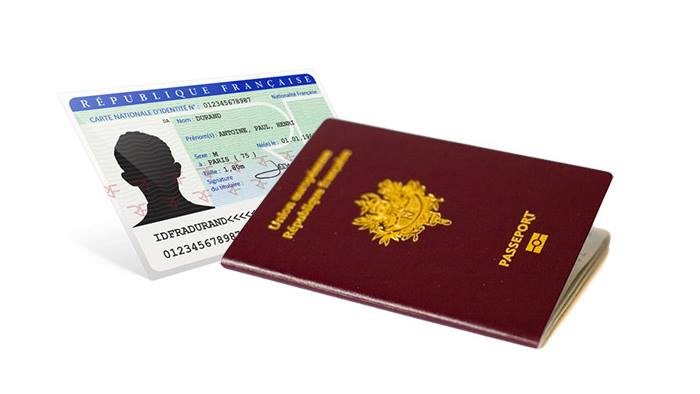 Carte Nationale d'Identité / Passeport